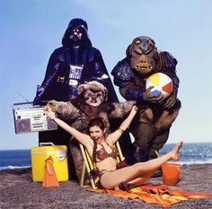 Carrie Fischer já fez ensaio em praia como Leia para divulgar Star Wars | Virgula