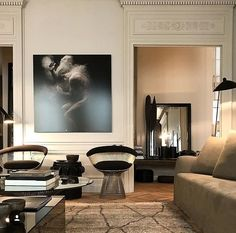 30 Parisian Chic Decor Ideas For Your Apartment - The Mood Palette Interior Design Inspiration, Home Interior Design, Interior Architecture, French Architecture, Luxury Interior, Parisian Chic Decor, Parisian Apartment, Home And Deco, Elegant Homes