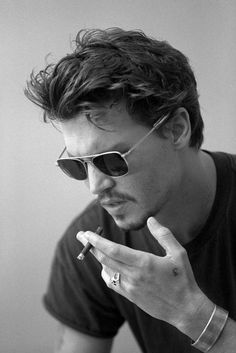 Johnny Depp - usually I hate smoking