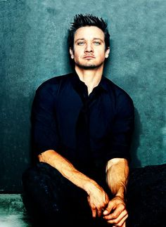 Jeremy Renner - his eyes are gorgeous