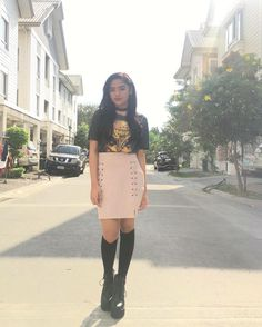 Ronnie Alonte, New Girl Style, Filipina Actress, Shot Hair Styles, Teen Actresses, Pretty And Cute, Best Actress, Girl Crushes, Korean Fashion