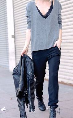 Tendances automne hiver Fall Winter Trends The fashion trends must-see fall-winter to discover on this article. If you like shopper at Zara, Mango, Asos, urban outfitters, the ko … Looks Street Style, Looks Style, Style Me, Look Fashion, Winter Fashion, Womens Fashion, Fashion Trends, Net Fashion, Classic Fashion