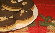 Arašídové kolieska so slaným karamelom Cookies, Cake, Desserts, Food, Basket, Crack Crackers, Tailgate Desserts, Deserts, Biscuits