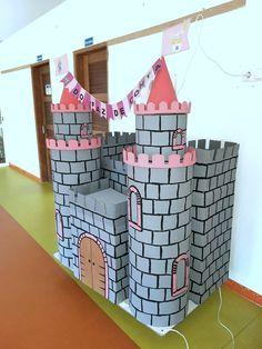 Castelo em cartão-carro alegórico Medieval, Disney, Castles, School, Party, World, Kid Games, Boats, Princesses