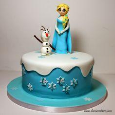 Rezept Die Eiskönigin Elsa und Olaf auf einer Torte | Das süße Leben http://www.dassüsseleben.com/2014/11/die-eiskonigin-elsa-und-olaf-auf-einer.html