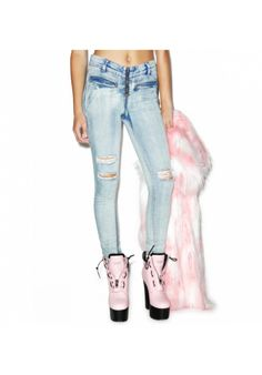 #DollsKill #amuseSocieTy #disTresseD #deNim #riPs #skiNNyjeaN #ziPPer #pocKets #puNk #grungE