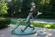 The Cat in the Hat Statue, sculpted by Leo Rijn: The Nichols Library, Naperville, IL