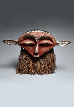 Africa | 'Panya Ngombe' mask from the Eastern Pende people of DR Congo | Wood, pigment and fiber | ca. 1978 or earlier