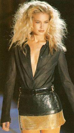 Women S Fashion Quick Delivery 1990s Fashion Trends, Runway Fashion, High Fashion, Fashion Outfits, Milan Fashion, Blond, Original Supermodels, 90s Models, Fashion Videos
