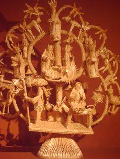 """""""Nacimiento 2006"""" hecho por Sara Marquez Gonzales, hecha con tallos de trigo , en tejido plano.Es de Mexico."""