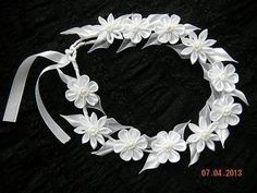 Новости Diy Ribbon Flowers, Kanzashi Flowers, Fabric Flowers, Diy Hair Bows, Diy Bow, Ribbon Headbands, Baby Headbands, First Communion Veils, Crown For Kids