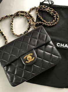 3bef4d747954 100% Auth Vintage CHANEL Timeless Black Lambskin Square Mini Flap Crossbody