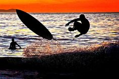 Surfers at sunset:  #instafollow #tagforlikes #followback #love #instagood #tbt #photooftheday #brucebeanphotography #laguna #lagunabeach #lagunasunset #california #sunset_madness #californiacoast #surfers #lagunasurfers #surfersatsunset