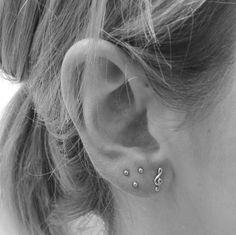 Triple triangle lobe Piercing
