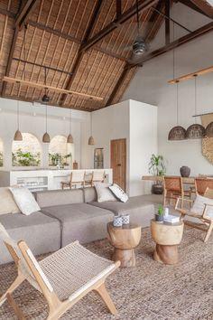 Earthy Home Decor, Natural Home Decor, Nature Decor, Natural Modern Interior, Natural Homes, Boho Living Room, Home And Living, Earthy Living Room, Rustic Modern Living Room