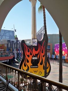 Guitar sculpture outside of the Hard Rock Cafe at Los Angelos