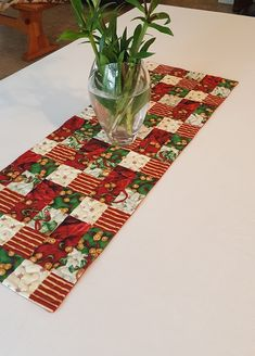Quilted Patchwork Holiday Table Runner, Jingle Bells Quilted Table Runner, Quilted Christmas Patchwork Runner, Reversible, gold thread by AnythingQuilted on Etsy Quilted Table Runners Christmas, Patchwork Table Runner, Christmas Placemats, Christmas Runner, Table Runner And Placemats, Table Runner Pattern, Christmas Tree Quilt, Christmas Patchwork, Christmas Sewing