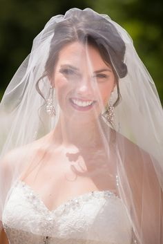 My Bridal Portraits on itsabrideslife.com ~ we ❤ this! moncheribridals.com ~