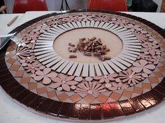Trabalhos em Mosaico: Mesa Renda em Ceramica