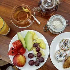 Fresh fruits and tea at Nikki Beach Porto Heli