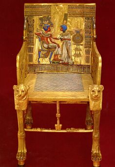 One of the treasures of King Tutankhamun, Archeological Museum, Cairo, Egypt Old Egypt, Egypt Art, Cairo Egypt, Pyramids Egypt, Ancient Egyptian Art, Ancient Aliens, Ancient History, European History, Ancient Greece