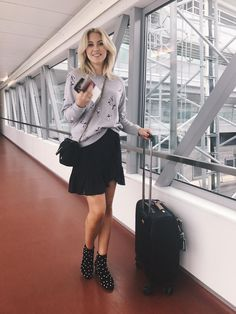 Business Outfits, Business Fashion, Scandinavian Fashion, Summer Wardrobe, Skater Skirt, Spring Fashion, Style Me, Cool Outfits, Mini Skirts