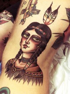 It is interesting to see that more and more people are opting for the Traditional American Tattoos designs is characterized by the use of limited color and bold, black imagery. Chest Piece Tattoos, Pieces Tattoo, Time Tattoos, Foot Tattoos, Tatoos, Couple Tattoos, Tattoos For Guys, Desenhos Old School, Neo Traditional Tattoo