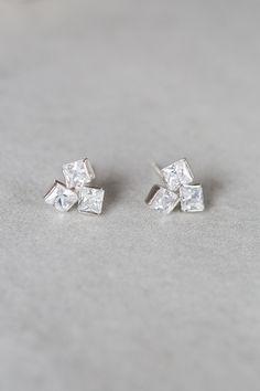 Lovoda - Crystal Cube Earrings, $18.00 (http://www.lovoda.com/crystal-cube-earrings/)