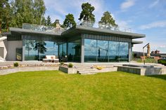 Oslo, Facade, Architecture Design, Windows, Mansions, House Styles, Outdoor Decor, Home Decor, Mansion Houses