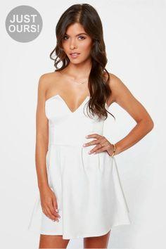 Magníficos vestidos sin tirantes | Colección 2014