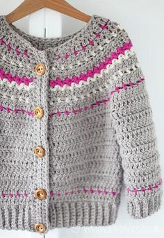 Crochet Cardigans Crochet Fair Isle Cardigan - Lululoves: ¡Modelo de la bola de Hank N 'Madeja Pull Crochet, Love Crochet, Crochet For Kids, Beautiful Crochet, Crochet Top, Baby Girl Crochet, Crochet Baby Clothes, Crochet Jacket, Crochet Cardigan