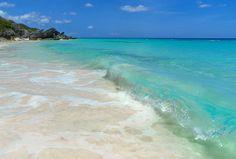 Pink Sand of Horse Shoe Bay Bermuda