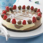 Dark and White Chocolate Cheesecake » Recipes » Cadbury Kitchen
