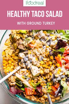 Healthy Recipes Healthy Taco Salad Recipe with ground turkey and one simple ingredient that replaces unhealthy bottled dressing. This taco salad is so easy and filling, you will keep making it again and again. Salade Healthy, Healthy Tacos, Healthy Ground Turkey, Ground Turkey Recipes, Taco Salad Recipes, Healthy Salad Recipes, Healthy Foods, Healthy Lunches, Healthy Dishes
