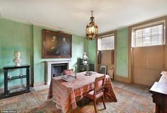 Between 1778 and the house was extensively altered and modernized by a man called Harry Charrington, a Director of the Charrington brewery in Bethnal Green of the same name Inside Mansions, London Mansion, Bethnal Green, 5 Bedroom House, Historic Homes, Beautiful Interiors, Wall Colors, Property For Sale, Entryway Tables