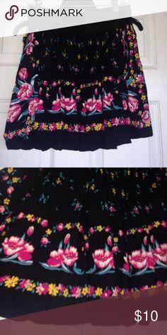 Flirty Skirt Adorable black skirt with flower details and elastic waist band Body Central Skirts Mini