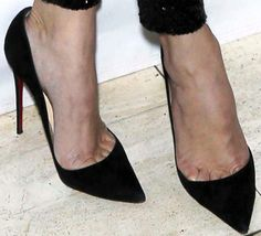 christian louboutin corporate Very Popular For Christmas Day,Very Beautiful for life.