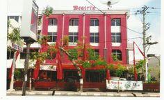 Dijual Ruko 2 Gandeng ex Gedung Toko Bunga Beatrix Medan