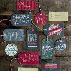 Free printable gift tags featuring a traditional color palette with gorgeous typography, a little bit of chalkboard and some faux gold foil.