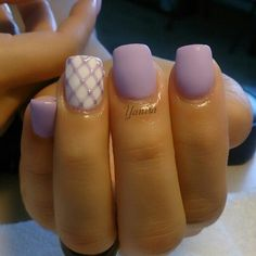 cool Matte lavender nails...