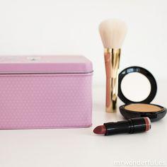 Caja metálica wonder - La belleza está en el interior #mrwonderful #beauty #pink #makeupbox