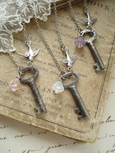 BRIDESMAID GIFTS Set of 3 Antique Skeleton Key Necklaces. Rustic Wedding Jewelry. Vintage Key Necklace with Flower and Bird. Garden Wedding.