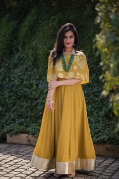 Mustard Off Shoulder Lehenga Frock Fashion, Indian Fashion Dresses, Indian Bridal Outfits, Indian Gowns Dresses, Indian Designer Outfits, Fashion Outfits, Fashion Sets, Designer Dresses, Stylish Blouse Design