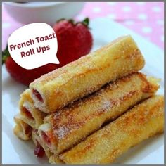 This morning, just wish for a nice comfy breakfast ! > French Toast Roll Ups - Fill with Jam, Cream Cheese, Nutella or whatever strikes your fancy Brunch Recipes, Sweet Recipes, Breakfast Recipes, Snack Recipes, Dessert Recipes, Cooking Recipes, Snacks, Köstliche Desserts, Delicious Desserts