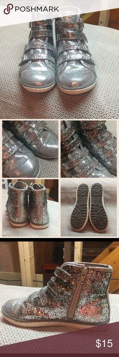 """Justice Girls Glitter High Top Sneakers Justice Girls Silver """"Glitter Ombré """"High Top Sneakers. Size 3. Hidden Zipper on inner for easy entry, Velcro straps. Only wore a few times. Great shape! Justice Shoes Sneakers"""