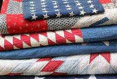 Vintage quilts ~ great red, white and blue for the patriot at heart (me!)