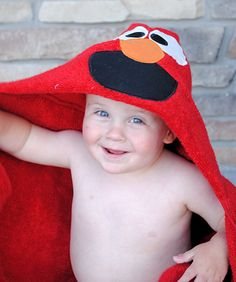 Elmo Hooded Towel Tutorial. Project for Oliver's B-day @Cheryl Downs