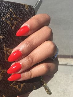 Dec 2017 - Having short nails is extremely practical. The problem is so many nail art and manicure designs that you'll find online Red Gel Nails, Red Stiletto Nails, Bright Red Nails, Almond Acrylic Nails, Almond Nails, Short Red Nails, Claw Nails, Dipped Nails, Luxury Nails