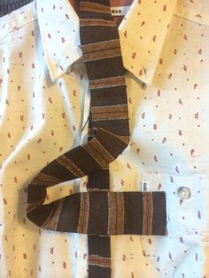 Flat bottom tie