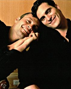 OMG, I love this more than words can express. Cute boys...Vince Vaughn & Joaquin Phoenix